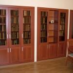 """Офисная мебель. Встроенные шкафы для документов. Материал ЛДСП Lamarty цв.""""Орех Итальянский""""."""
